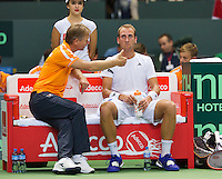 Switserland, Genève, September 18, 2015, Tennis,   Davis Cup, Switserland-Netherlands, Captain Jan Siemerink on the bench with Thiemo de Bakker (NED) <br /> Photo: Tennisimages/Henk Koster