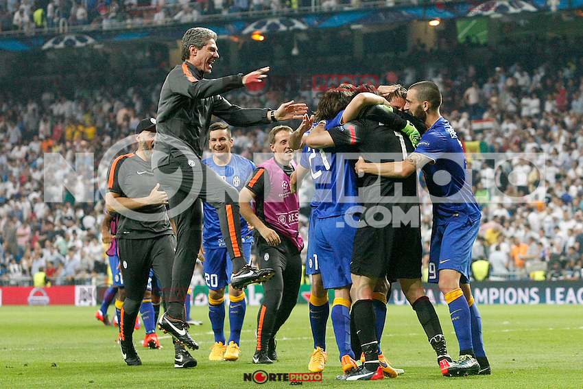Juventus' team celebrates the victory in the Champions League 2014/2015 Semi-finals. May 13,2015. (ALTERPHOTOS/Acero) /NortePhoto.COM