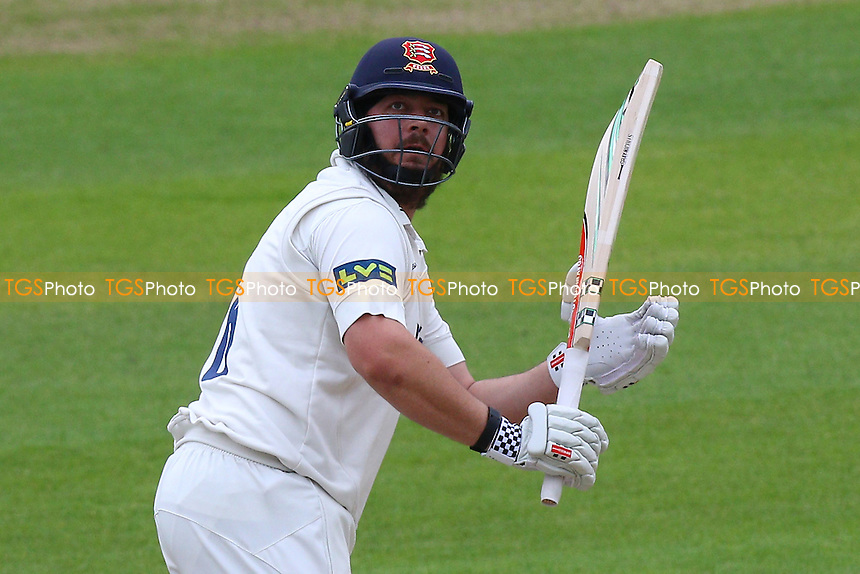 Jesse Ryder in batting action for Essex CCC