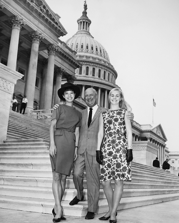 Rep. Seymour Halpern, R-N.Y. with ballet girls, Miss Kato of Japan and Miss Hoff of Germany, who performed at White House. (Photo by Mickey Seuko/CQ Roll Call)