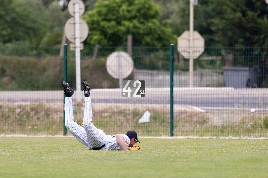 21 May 2009: Ian Young of Rouen fails to catch a ball in the outfield during the 2009 challenge de France, a tournament with the best French baseball teams - all eight elite league clubs - to determine a spot in the European Cup next year, at Montpellier, France.