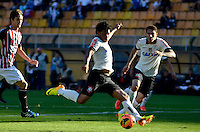 SÃO PAULO, SP, 28 DE JULHO DE 2013 - CAMPEONATO BRASILEIRO - CORINTHIANS x SÃO PAULO: Romarinho (c)durante partida Corinthians x São Paulo, válida pela 9ª rodada do Campeonato Brasileiro de 2013, disputada no estádio do Pacaembu em São Paulo. FOTO: LEVI BIANCO - BRAZIL PHOTO PRESS.
