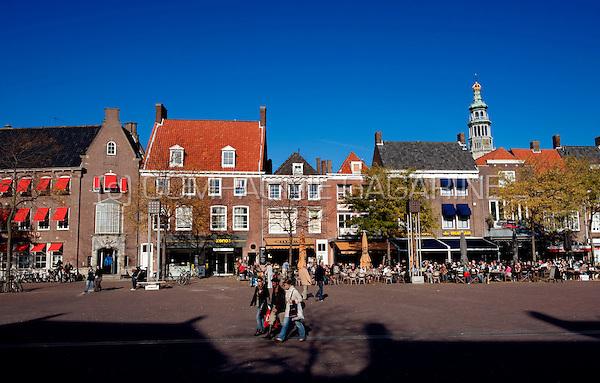 middelburg holland pubs on the markt square in 11 10 2010 netherlands tourism