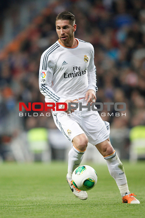 Real Madrid¬¥s Sergio Ramos during a Spain King Cup soccer match between Real Madrid and Osasuna at Santiago Bernabeu Stadium in Madrid, Spain. January 09, 2014. Foto © nph / Caro Marin)