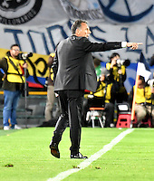 BOGOTA- COLOMBIA – 08-02-2017: Miguel Angel Russo, técnico de Millonarios de Colombia, durante partido entre Millonarios de Colombia y Atletico Paranaense de Brasil, por la segunda fase, llave 1 de la Copa Conmebol Libertadores Bridgestone 2017,en el estadio Nemesio Camacho El Campin, de la ciudad de Bogota. / Miguel Angel Russo, coach of Millonarios of Colombia, during a match between Millonarios of Colombia and Atletico Paranaense of Brasil, for the second phase, key1, of the Conmebol Copa Libertadores Bridgestone 2017 at the Nemesio Camacho El Campin in Bogota city. VizzorImage / Luis Ramirez / Staff.