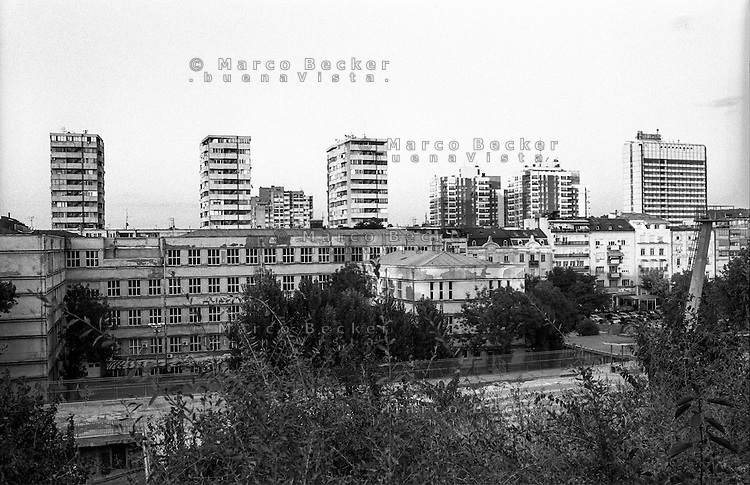 Belgrado, zona centro. Skyline a nord est del parco Tašmajdan --- Belgrade, downtown. Skyline north east of Tašmajdan park