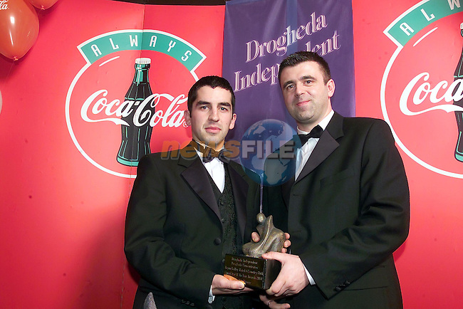 April winner Ronan Kelly receiving his prize from Darren Hughes Drogheda Independent..Picture Fran Caffrey Newsfile.