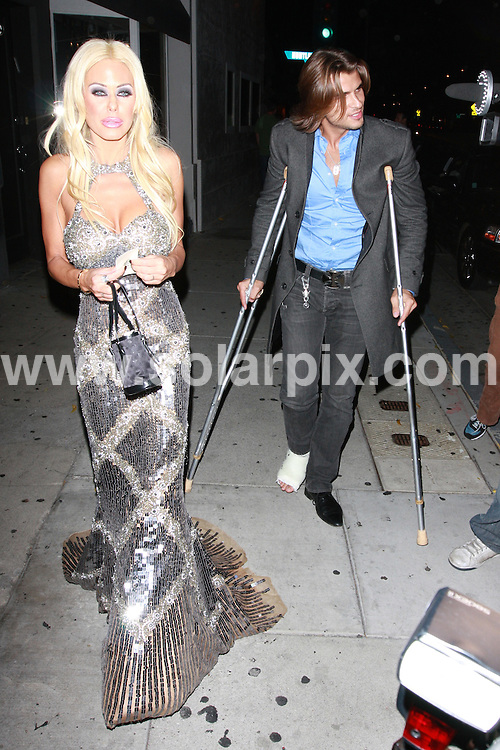 **ALL ROUND PICTURES FROM SOLARPIX.COM**.**WORLDWIDE SYNDICATION RIGHTS**.**NO PUBLICATION IN AUSTRALIA, NEW ZEALAND,.DENMARK, GERMANY OR USA**.Shauna Sand is all dressed up outside Villa Lounge in West Hollywood, California, USA. 13th November 2008..JOB REF: 7892 LAP (JS)      DATE: 13_11_2008.**MUST CREDIT SOLARPIX.COM OR DOUBLE FEE WILL BE CHARGED* *UNDER NO CIRCUMSTANCES IS THIS IMAGE TO BE REPRODUCED FOR ANY ONLINE EDITION WITHOUT PRIOR PERMISSION*