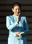 January 2, 2014, Tokyo, Japan - Princess Masako waves to a throng of well-wishers during a New Year's general audience at the Imperial Palace in Tokyo on Thursday, January 2, 2014. More than 80,000 well-wishers turned out to celebrate the coming of the new year with the imprerial family who made five appearances on the palace balcony. (Photo by Natsuki Sakai/AFLO) AYF -mis-
