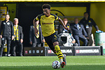 06.10.2018, Signal Iduna Park, Dortmund, GER, DFL, BL, Borussia Dortmund vs FC Augsburg, DFL regulations prohibit any use of photographs as image sequences and/or quasi-video<br /> <br /> im Bild Jadon Sancho (#7, Borussia Dortmund) Aktion . Einzelbild . Freisteller . mit Ball <br /> <br /> Foto &copy; nph/Horst Mauelshagen