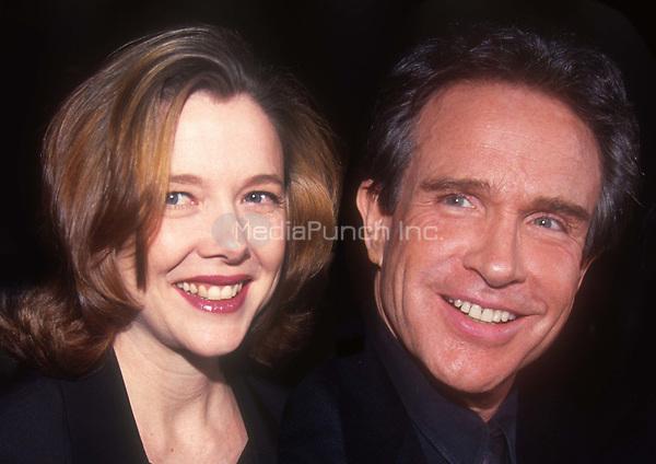 Annette Bening and Warren Beatty 1992<br /> Photo By John Barrett/PHOTOlink.net /MediaPunch