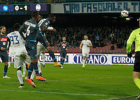 Duvan Zapata  heads to scores during the Italian Serie A soccer match between   SSC Napoli and Atalanta  at San Paolo  Stadium in Naples ,March 22 , 2015<br /> <br /> <br /> incontro di calcio di Serie A   Napoli -Atalanta allo  Stadio San Paolo  di Napoli , 22  Marzo 2015
