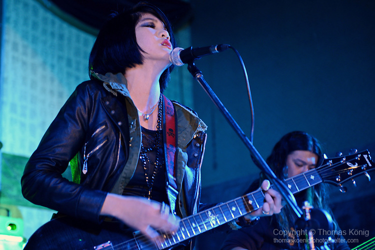 Kaohsiung, Taiwan -- Taiwanese singer PATTY JEN (Jen Ming-yao) performing with her recently founded band CAT JAR live at HUA TI (aka' Cape 17').