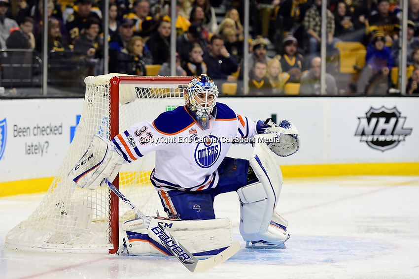 Thursday, January 5, 2017: Edmonton Oilers goalie Cam Talbot (33) tends the net during the National Hockey League game between the Edmonton Oilers and the Boston Bruins held at TD Garden, in Boston, Mass. Edmonton defeats Boston 4-3 in regulation time. Eric Canha/CSM