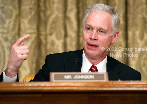 United States Senator Ron Johnson (Republican of Wisconsin) questions U.S. Secretary of Transportation Ray LaHood during the U.S. Senate Budget Commitee hearing on the President's FY 2013 Budget Request for the Department of Transportation (DOT) on Capitol Hill in Washington, D.C. on Wednesday, February 15, 2012..Credit: Ron Sachs / CNP