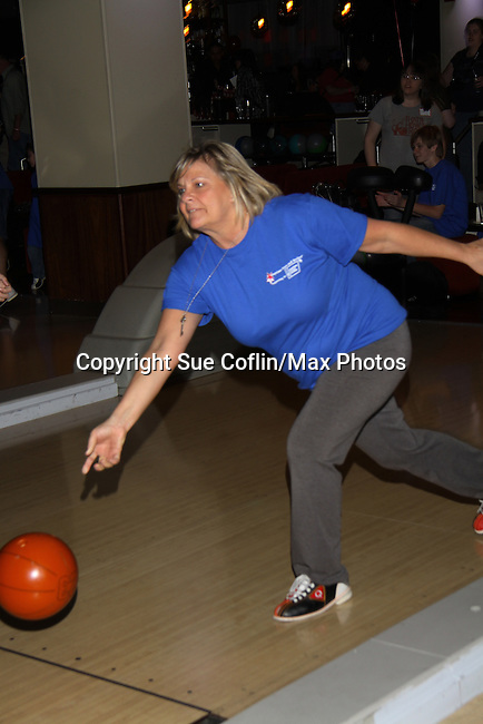 One Life To Live's and Guiding Light's Kim Zimmer bowl at The Seventh Annual Daytime Stars and Strikes benefitting The American Cancer Society hosted by Elizabeth Keifer and Jerry VerDorn with actors from One Life To Live, All My Children, As The World Turns and Guiding Light on October 9, 2010 in New York City, New York. (Photo by Sue Coflin/Max Photos)