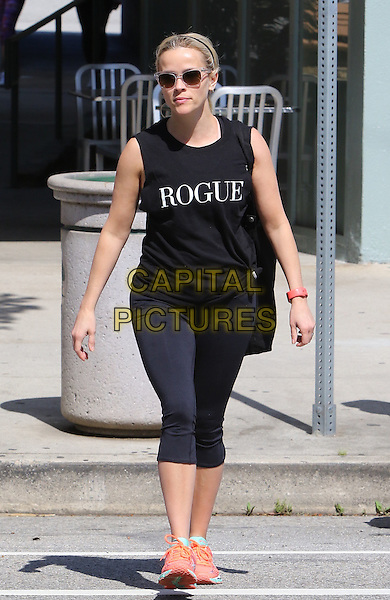 Brentwood Ca Mar 12: Reese Witherspoon seen leaving the gym after a work out in Brentwood  California on March 12 2016 <br /> CAP/MPI99<br /> &copy;MPI99/Capital Pictures
