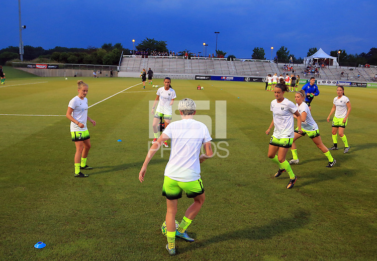 Boyds, MD - Wednesday Sept. 07, 2016: Seattle Reign during a regular season National Women's Soccer League (NWSL) match between the Washington Spirit and the Seattle Reign FC at Maureen Hendricks Field, Maryland SoccerPlex.