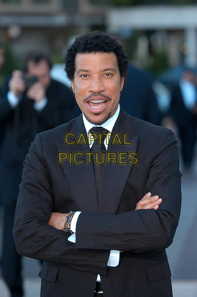 LIONEL RITCHIE.Laureus World Sports Awards, Monte Carlo.www.capitalpictures.com.sales@capitalpictures.com.©Capital Pictures.arms crossed, crossed arms