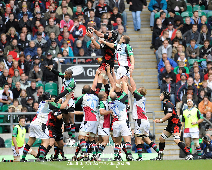 Twickenham, GREAT BRITAIN,  Saracens, Steve BORTHWICK, collects the line out ball, during the Guinness Premiership match,  Saracens vs Harlequins, at Twickenham Stadium, Surrey on Sat 06.09.2008. [Photo, Peter Spurrier/Intersport-images]