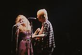 TOM PETTY AND STEVIE NICKS, LIVE, 1981, NEIL ZLOZOWER