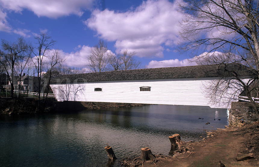 Covered bridge in Elizabethtown, Tennessee, USA