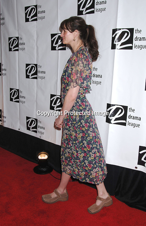 Julia Roberts..at The 72nd Annual Drama League AwardsCeremony and s Luncheon on May 5, 2006 at The Marriott Marquis Hotel in New York. ..Robin Platzer, Twin Images