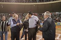 HOMANAJE A VINICIO CASTILLA. <br /> de Izquierda A derecha:<br /> Enrique Mazon, Vinicio Castilla, su esposa, Arturo Leon Lerma y  Juan Aguirre, Durante el tercer juego de la serie entre  Venados de Mazatlan y  Naranjeros de Hermosillo  Vinicio Castilla recibió homenaje ademas de realizarte el retiro del numero nueve que uso con Naranjeros.(*Photo:©LuisGutierrez/NortePhoto*) .<br /> Staff/NortePhoto