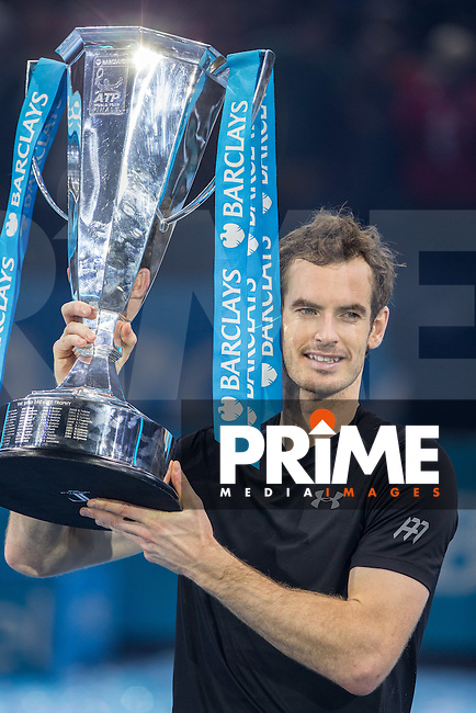 Andy Murray lifts the ATP London winners Trophy during the Barclays ATP World Tour Finals FINAL match between ANDY MURRAY and NOVAK DJOKOVIC at the O2, London, England on 20 November 2016. Photo by Andy Rowland.