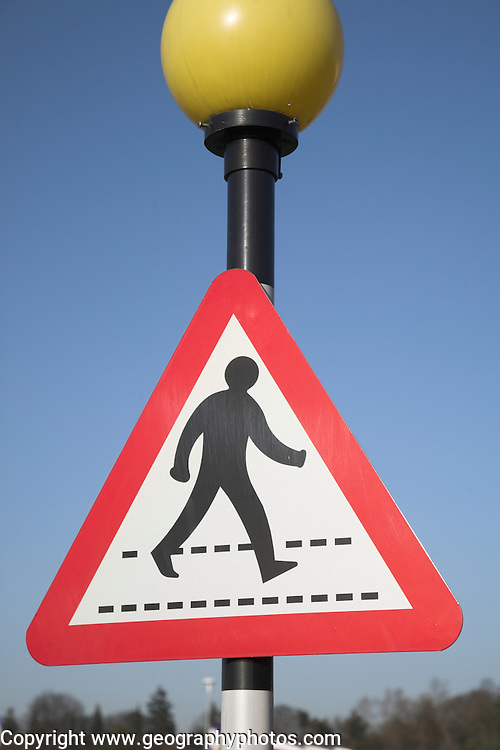 Pedestrian crossing belisha beacon