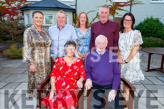 Bridget and Michael Breen from Doon, Tralee celebrating their 60th anniversary in Ballygarry Hotel on Saturday evening<br /> with their daughters and sons, l to r: , Diane Cazley, Tim Breen, Marie Dowling, Hugh Breen and Jen Breen