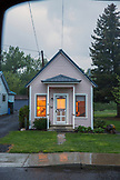 USA, Oregon, Lostline, a home at dusk in the town of Lostline