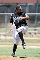 July 11, 2009:  Pitcher Luis Chirinos (45) of the GCL Marlins during a game at Osceola County Complex in Kissimmee, FL.  The GCL Marlins are the Gulf Coast Rookie League affiliate of the Florida Marlins.  Photo By Mike Janes/Four Seam Images