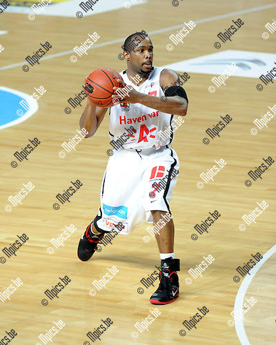 2012-05-22 / Basketbal / seizoen 2011-2012 / Play-Offs / Antwerp Giants - Charleroi / Bryan Hopkins..Foto: Mpics.be