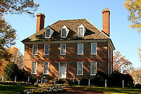The elegant arhitecture of an early american house , on a Virginia Plantation near Williamsburg United State.