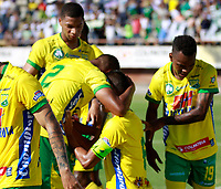 NEIVA - COLOMBIA - 16 - 07 - 2017:Jugadores del Deportivo Cal celebran su gol contra el Deportivo Cali. Acción de juego entre el Atletico Huila y el Deportivo Cali i, durante partido entre Atletico Huila y Deportivo Cali, de la fecha 2 por la Liga Aguila II 2017 en el estadio Guillermo Plazas Alcid de Neiva. / Players of Atletico Huila celebrate their goal agaisnt of Deportivo Cali.Action game between of  Atletico Huila  and  Deportivo Cali, during a match of the date 2nd for the Liga Aguila II 2017 at the Guillermo Plazas Alcid Stadium in Neiva city. Photo: VizzorImage  / Sergio Reyes / Cont.