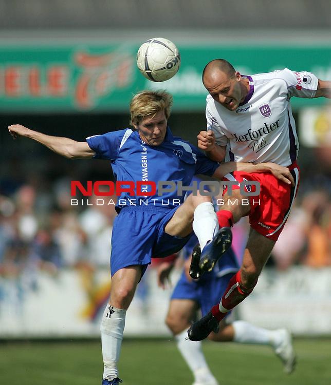 RLN 2006/2007 - 33.Spieltag RŁckrunde <br /> <br /> Kickers Emden - VfL OsnabrŁck <br /> <br /> Kopfballduell -Ferhat Cerci (Kickers) gegen Marko Tredup (r.)<br /> <br /> <br /> <br /> Foto &copy; nordphoto *** Local Caption *** Foto ist honorarpflichtig! zzgl. gesetzl. MwSt.<br /> <br /> <br /> <br /> Belegexemplar erforderlich