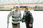 V&auml;ster&aring;s 2015-02-01 Bandy Elitserien V&auml;ster&aring;s SK  - Edsbyns IF :  <br /> V&auml;ster&aring;s Tobias Holmberg &auml;r glad tillsammans med  V&auml;ster&aring;s klubbchef Michael Campese efter matchen mellan V&auml;ster&aring;s SK  och Edsbyns IF  <br /> (Foto: Kenta J&ouml;nsson) Nyckelord:  Bandy Elitserien ABB Arena Syd V&auml;ster&aring;s SK VSK Edsbyn EIF Byn jubel gl&auml;dje lycka glad happy