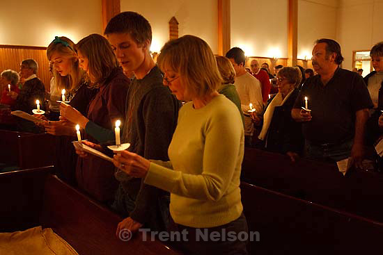 New Song Presbyterian Church held a Christmas Eve night of songs and readings celebrating Christmas Thursday, December 24, 2009.