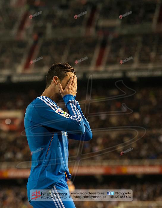 Football - BBVA League 2013-14.<br /> Valencia CF (2)vs(3) Real Madrid.<br /> Mestalla Stadium - Valencia (Spain).<br /> December 22, 2013.