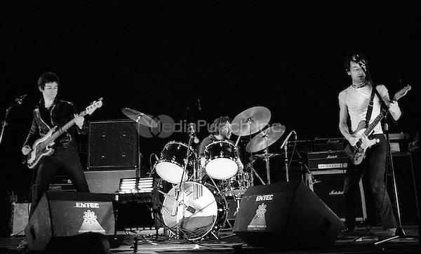 The Stranglers Rainbow Theatre, London 30 Jan 1977. Credit: Ian Dickson/MediaPunch