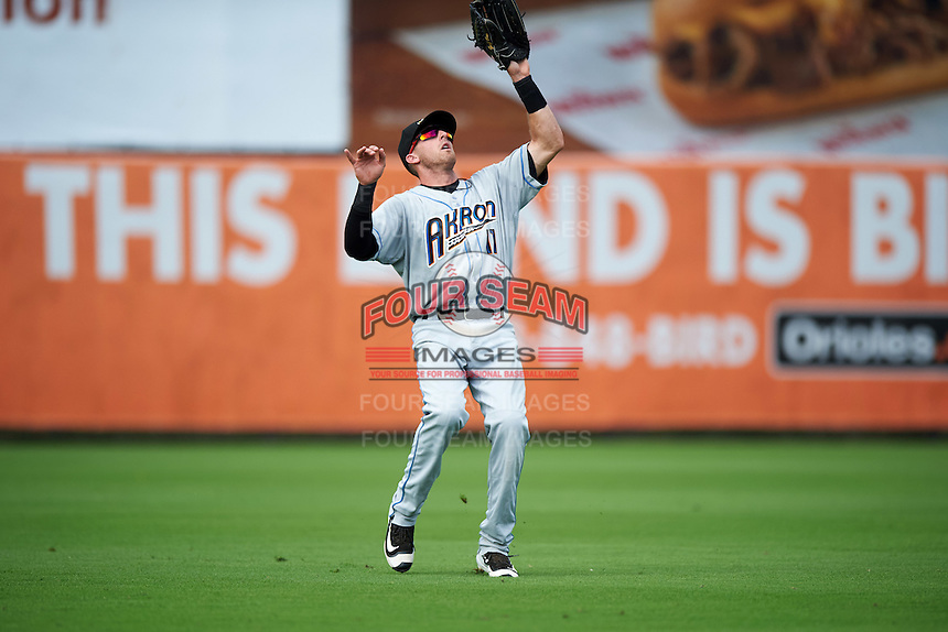 Akron RubberDucks left fielder Taylor Murphy (11) catches a fly ball during the second game of a doubleheader against the Bowie Baysox on June 5, 2016 at Prince George's Stadium in Bowie, Maryland.  Bowie defeated Akron 12-7.  (Mike Janes/Four Seam Images)