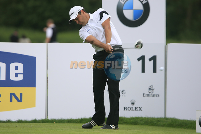 Simon Khan (ENG) tees off on the 11th tee during Day 2 of the BMW International Open at Golf Club Munchen Eichenried, Germany, 24th June 2011 (Photo Eoin Clarke/www.golffile.ie)