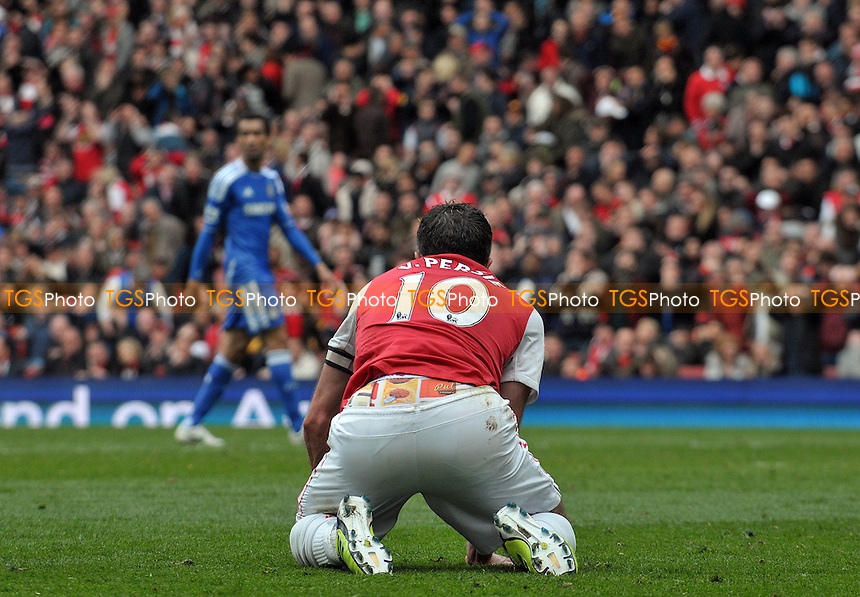Robin van Persie  of Arsenal goes close - Arsenal vs Chelsea - Barclays Premier League Football at the Emirates Stadium, London - 21/04/2012 - MANDATORY CREDIT: Martin Dalton/TGSPHOTO - Self billing applies where appropriate - 0845 094 6026 - contact@tgsphoto.co.uk - NO UNPAID USE.