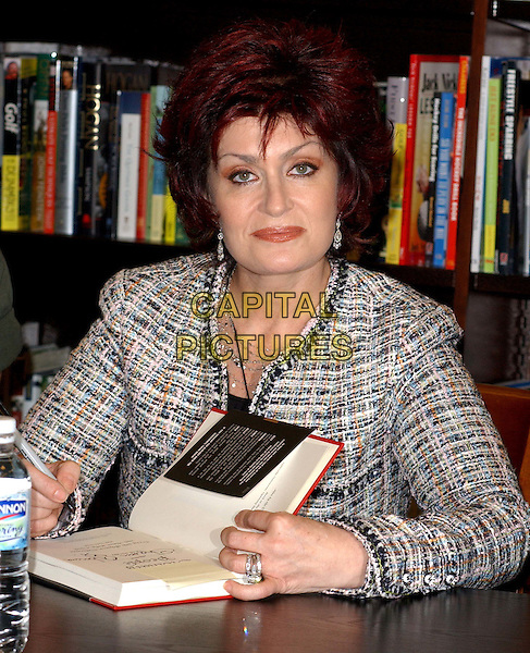 "SHARON OSBOURNE.signs the Osbourne family's new book ""Ordinary People: Our Story"" at the Barnes & Noble at The Grove at .Farmers Market in Los Angeles, California.19 February 2004                                                                                                                              *UK Sales Only*.www.capitalpictures.com.sales@capitalpictures.com.©Capital Pictures."