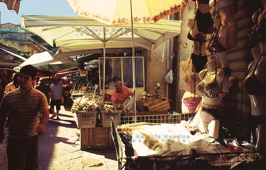 Ballaro' market, historic city center of Palermo.<br /> Mercato di Ballaro', centro storico di Palermo.