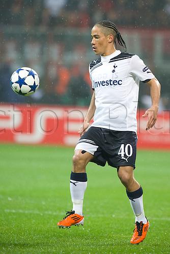 15.02.2011 Champions League, San Siro Meazza Stadium, Milan, Italy. AC Milan v Tottenham Hotspur, 0-1. Picture shows Steven Pienaar (Tottenham).