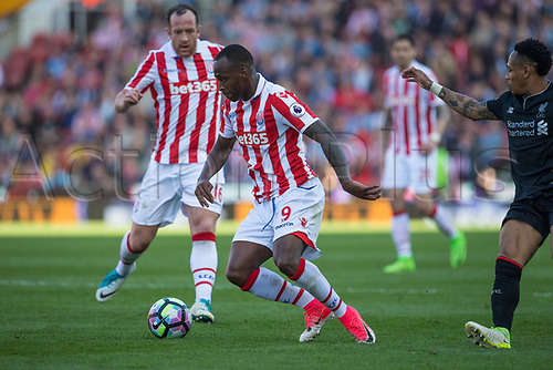 April 8th 2017, bet365 Stadium, Stoke on Trent, Staffordshire, England; EPL Premier League football, Stoke City versus Liverpool; Stoke City's Saido Berahino controls the ball