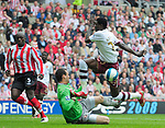 Sunderland's Marton Fulop stops Arsenal's Emmanuel Adebayor. during the Premier League match at the Stadium of Light, Sunderland. Picture date 21st May 2008. Picture credit should read: Richard Lee/Sportimage