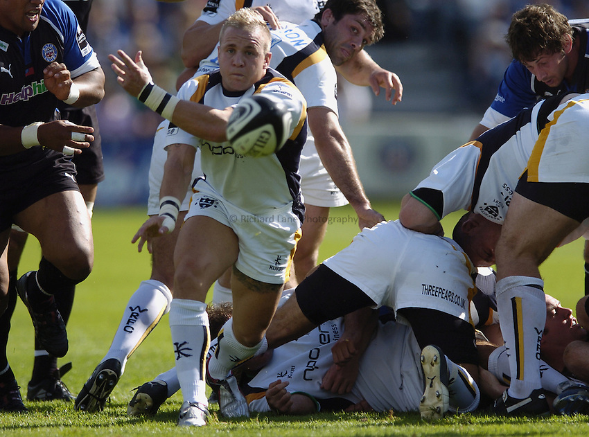 Photo: Jonathan Butler..Bath Rugby v Worcester Warriors. Guinness Premiership. 23/09/2006..Ryan Powell of Worcester.